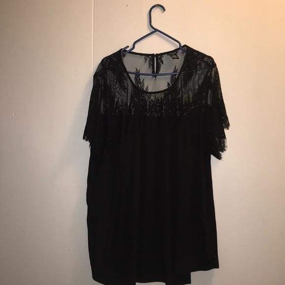 🔥🔥🔥🔥TORRID🔥🔥🔥🔥 Black Lace & Silk Top 🔥🔥